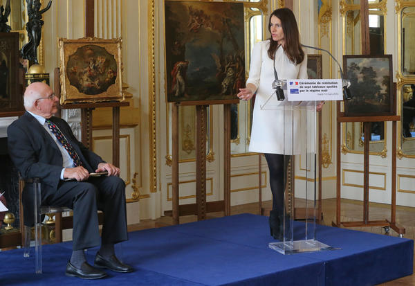 American Thomas Selldorff and French Culture Minister Aurelie Filippetti at a ceremony Tuesday at the Culture Ministry in Paris.