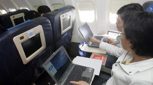 In-flight Internet update