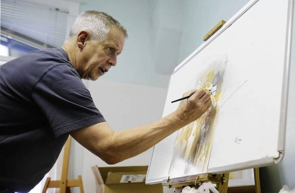 Fred Graff teaches painting enthusiasts during a workshop at the Mount Dora Center for the Arts. Graff is considered to be one of the foremost watercolorists and art educators of today.