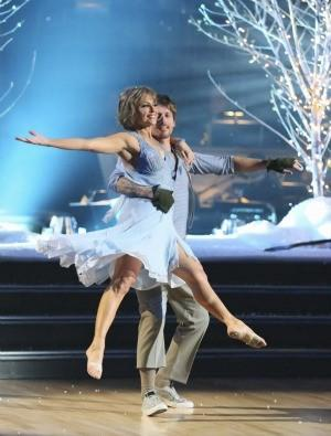 Dorothy Hamill and pro partner Tristan MacManus compete during Week 1.