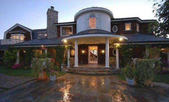 Ozzy and Sharon Osbourne sell in Hidden Hills