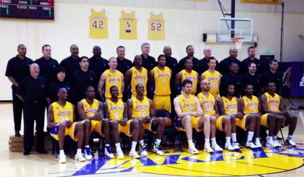 The Lakers took their team photo on Wednesday.