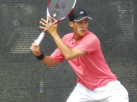 Jason Jung of Torrance upset sixth-seeded Daniel Kosakowski in the Costa Mesa Pro Classic.
