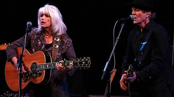 Emmylou Harris and Rodney Crowell perform at Symphony Center in Chicago on Wednesday night.