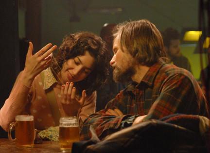 """Sofa Gala as Rosa and Viggo Mortensen as Agustn/Pedro """"Everybody Has a Plan."""""""