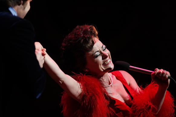 "In ""End of the Rainbow"" Tracie Bennett portrays Judy Garland in the months leading up to the actress' fatal 1969 overdose."