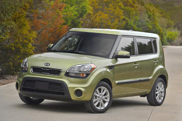 "<a href=""/marketplace/auto/sns-2013-kia-soul-review-20130319,1665375,1400352.story"">Kristin Varela of Cars.com writes:</a> The Soul's boxy shape lends itself to practical interior cabin space. Backseat passengers not only have plenty of headroom, but also fantastic visibility due to the large expanses of glass and the slightly raised, theater-style rear seat. For young kids with a tendency to motion sickness, the extra-wide view might just keep you from having to stock your glove box full of gallon-sized Ziplocs. <a href=""/marketplace/auto/sns-2013-kia-soul-review-20130319,1665375,1400352.story"">Full review</a>"