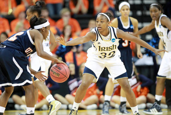 Notre Dame's Jewell Loyd defends Tennessee-Martin's Jasmine Newsome during the first round.