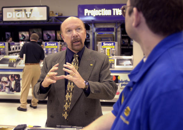 Best Buy founder Richard Schulze, shown in 2000, returns to the company as its chairman emeritus.