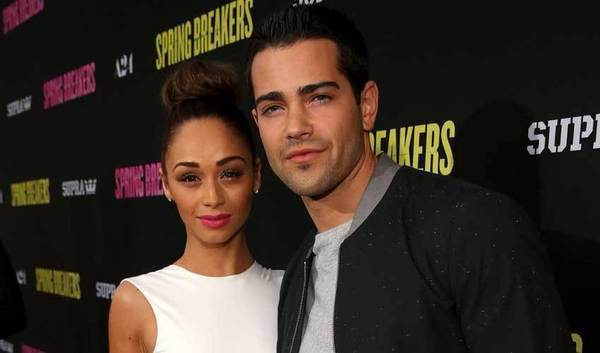 Cara Santana and Jesse Metcalfe have bought a house in Hollywood Hills West.