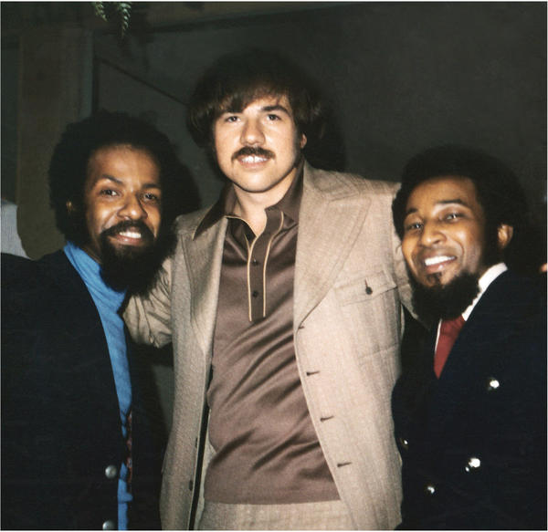 Motown producer-songwriter Deke Richards, center, died at 68 in Bellingham, Wash.