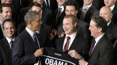 L.A. Kings, Galaxy meet with President Obama at White House