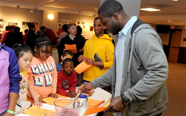 Former Maryland linebacker Moise Fokou hosts a charity cooking event in College Park