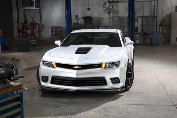 Designers removed every bit of extra weight they could from the track-ready 2014 Chevrolet Camaro Z/28.