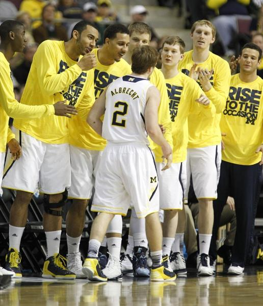 Michigan advanced to the Sweet 16 and will play Kansas on Friday in Arlington, Texas.