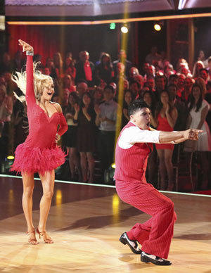 "Victor Ortiz and partner Lindsay Arnold compete in Week 2 of ""Dancing With the Stars."""