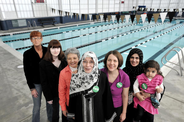 gould muslim single women I believe the first step to bringing single childless muslim women from the margins of community it's just one of the ways single muslim women are boxed in.