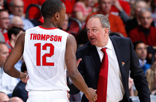 Ohio State Coach Thad Matta talks to Sam Thompson during a third-round victory over Iowa State on Sunday.