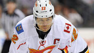 <strong>NHL.com reports: </strong>The Flames have traded Jarome Iginla to the Penguins for a first-round pick in the 2013 draft, Kenneth Agostino and Ben Hanowski. Earlier in the night, multiple outlets had reported Iginla was traded to the Bruins.