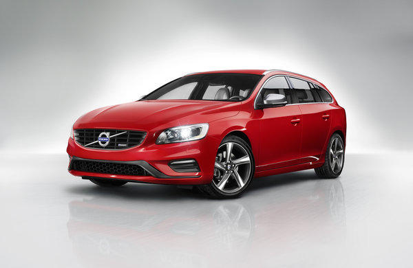 The 2014 Volvo V60 station wagon is a variant of the existing S60 sedan.