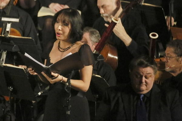 Nicole Cabell sings in the Chicago Bach Project at St. Vincent De Paul Church