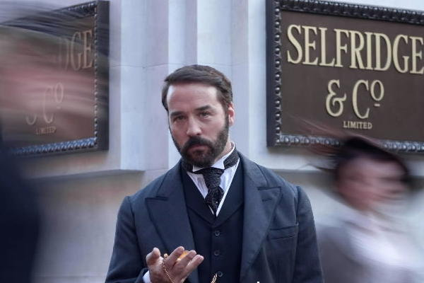 "Jeremy Piven as Harry Gordon Selfridge in the PBS series ""Mr. Selfridge."""