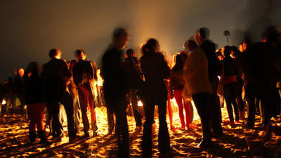 Beach cities at odds over bonfire ban