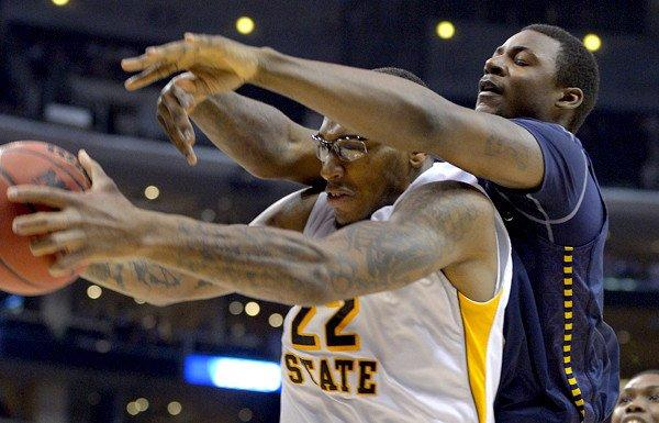 http://www.trbimg.com/img-51551be2/turbine/la-sp-wichita-state-vs-la-salle-20130328/600