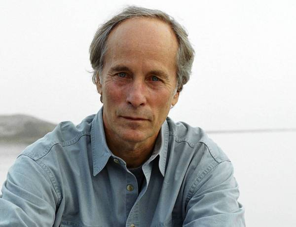 Pulitzer Prize-winning novelist Richard Ford will accept the Lawrence A. Sanders Award for Fiction at Florida International Universitys Biscayne Bay Campus in North Miami.