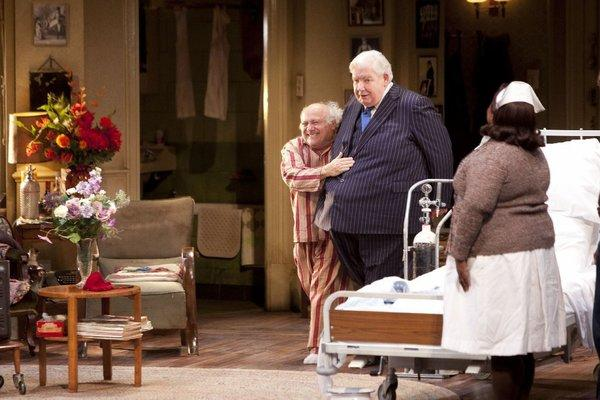 "Richard Griffiths, center, with Danny DeVito in ""The Sunshine Boys"" at London's Savoy Theatre last year."