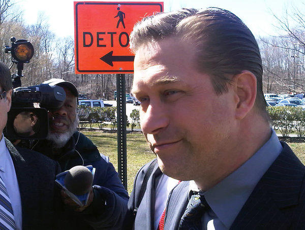 Actor Stephen Baldwin leaves Rockland County Court in New City, N.Y., on Friday after admitting he hadn't paid state income taxes for 2008, 2009 and 2010.
