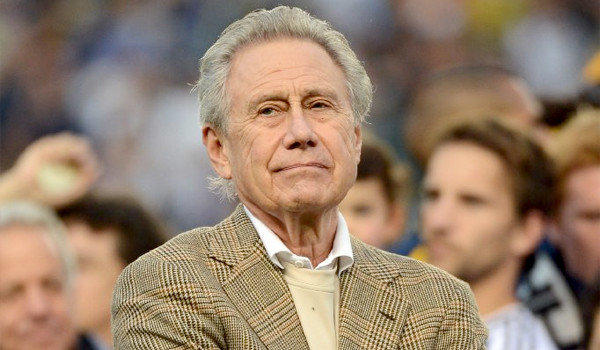 There is a limited window for NFL teams to decide whether or not to move to L.A., while Phil Anschutz's deal with the city to build a stadium downtown only goes through October 2014.