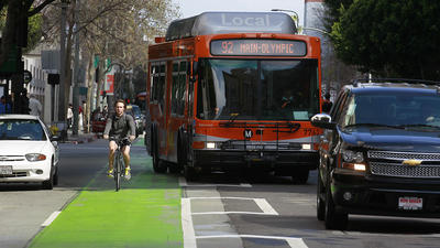 Location scouts upset again over green bike lane in downtown L.A.