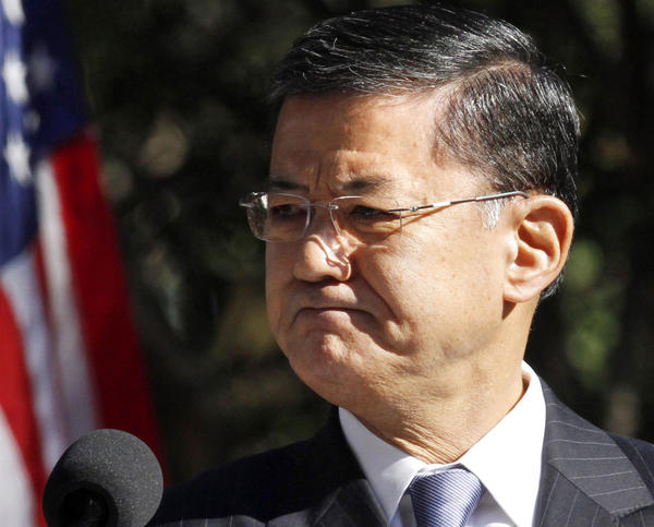 Although the number of veterans' disability claims keep soaring, Veterans Affairs Secretary Eric Shinseki said that he's committed to ending the backlog by 2015 by replacing paper with electronic records.