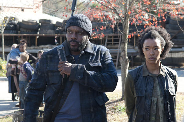 Tyreese (Chad Coleman) is heading back to prison, and he's bringing his daughter: Sasha (Sonequa Martin-Green).
