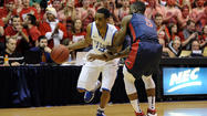 ATLANTA (AP) - Kentucky coach John Calipari says sophomore point guard Ryan Harrow is transferring to Georgia State.