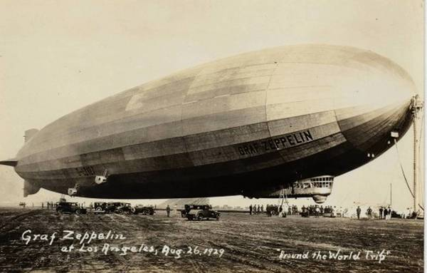 Graf Zeppelin lands at Los Angeles during its 1929 round-the-world flight, which originated in Lakehurst, N.J.