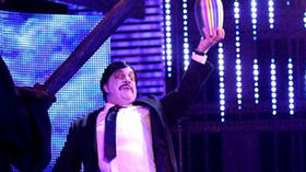Pre-WrestleMania Raw highlighted by Paul Bearer imposter, urn's ashes