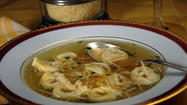 Capon broth with tortellini