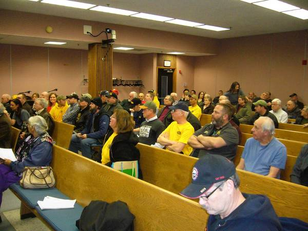 Gun-rights advocates fill Des Plaines City Council chambers on March 28 for a town hall meeting with Rep. Marty Moylan.