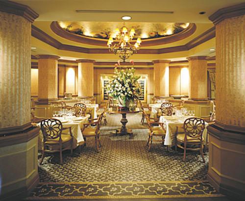 Zagat has named Disney's Victoria and Albert's as Orlando's most iconic restaurant (Walt Disney Co.)