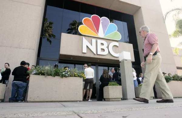 "People line up to see ""The Tonight Show"" at the NBC studios in Burbank."