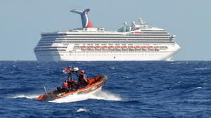 Strong winds cause new headache for Carnival Triumph
