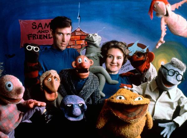 """Jane Henson is shown with her husband, Jim Henson, and the cast of """"Sam and Friends"""" in 1960."""