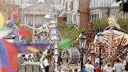 Theme park parades past: March down memory lane