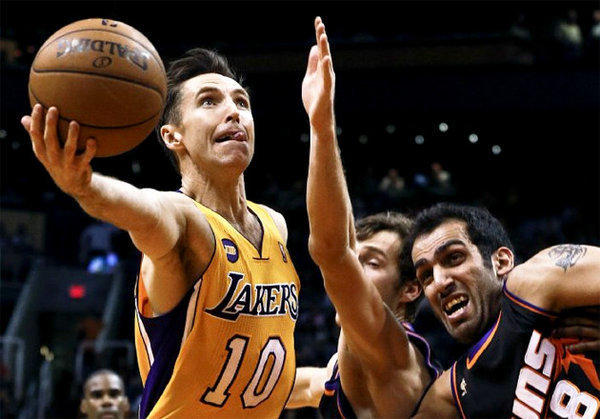 Lakers guard Steve Nash continues to have problems with a sore hamstring and hip.