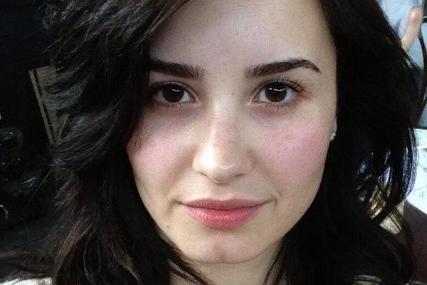 Demi Lovato tweeted this photo of herself without makeup on Wednesday, urging her followers to do the same.
