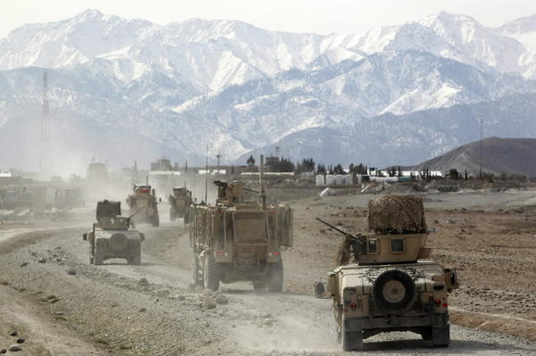 Six people, including three NATO soldiers, died in a car bomb attack on a convoy of vehicles in Zabul province's capital, Qalat.