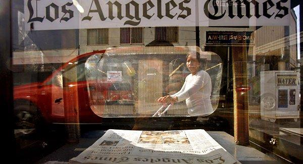 The finding demonstrates that the newspaper industry has begun to adapt its business model to a new era.