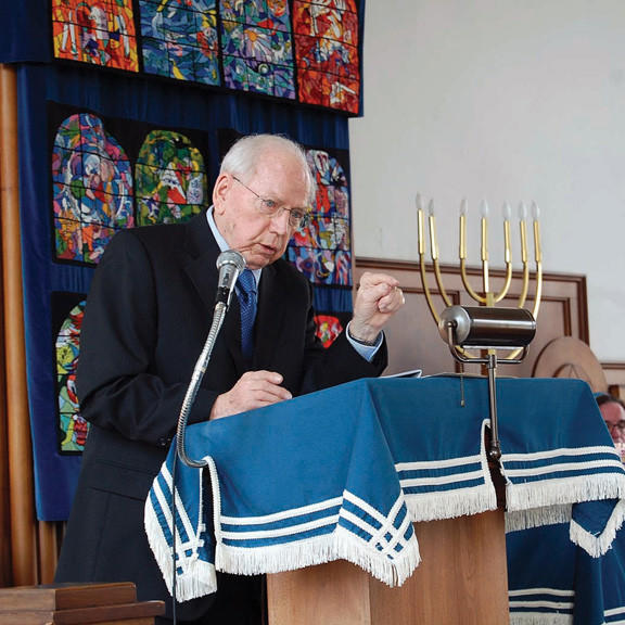 The Rev. Glenn Schultz talks about liberating the Dachau Concentration Camp Sunday during a Holocaust Memorial Service sponsored by the United Churches of the Chambersburg (Pa.) Area.